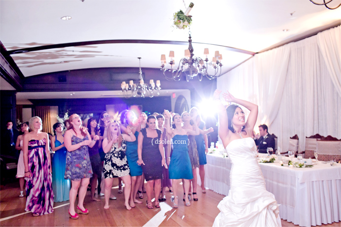 Wedding bouquet toss at Capliano Golf & Country Club
