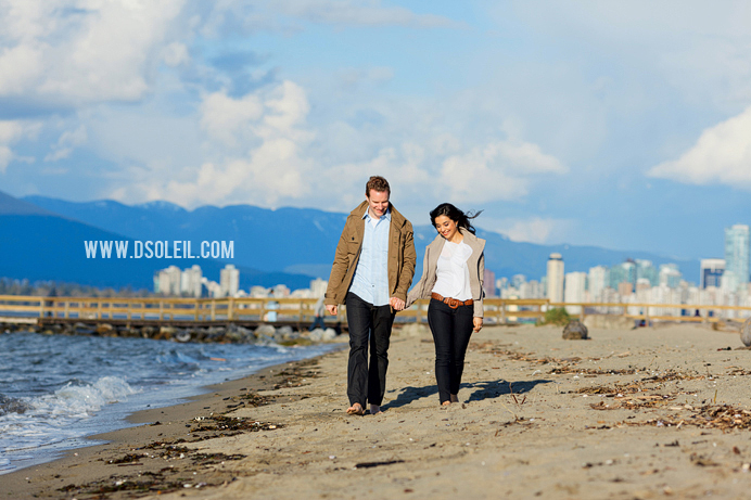 Vancouver engagement session at the beach (5)