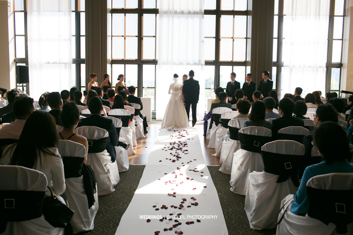 Swan-e-set Bay ballroom indoor ceremony