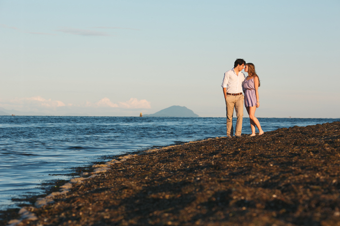 Vancouver beach engagement session (6)