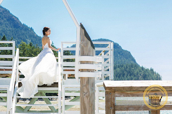 squamish bc wedding photo by water