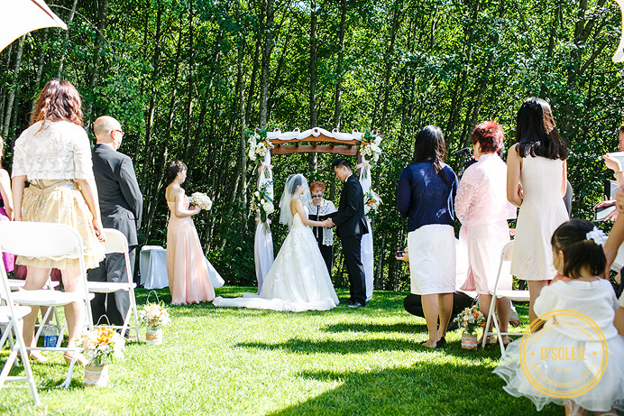 wedding ceremony at furry creek outside
