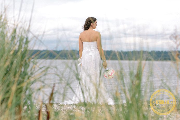 Hazelmere Golf bride