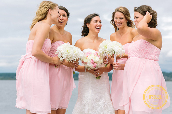 pink bridesmaid dresses and wedding flower bouquets