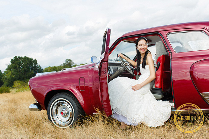Vintage car wedding photos with a Studebaker Commander