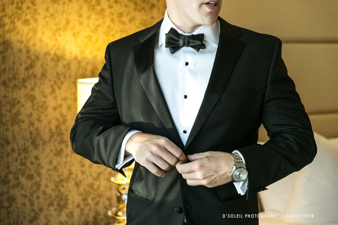Groom gets ready at Fairmont Waterfront Hotel