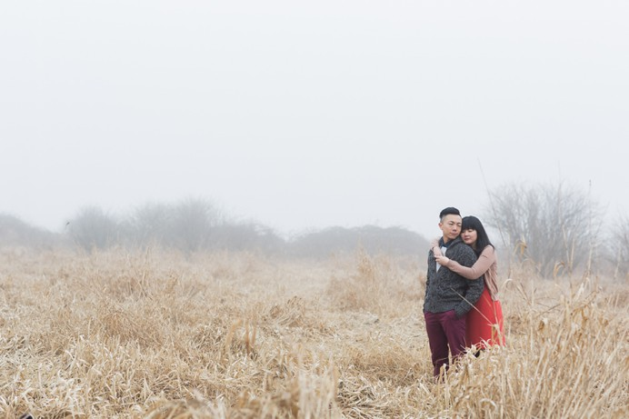 foggy engagement photos