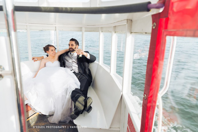 false-creek-ferry-wedding-photos