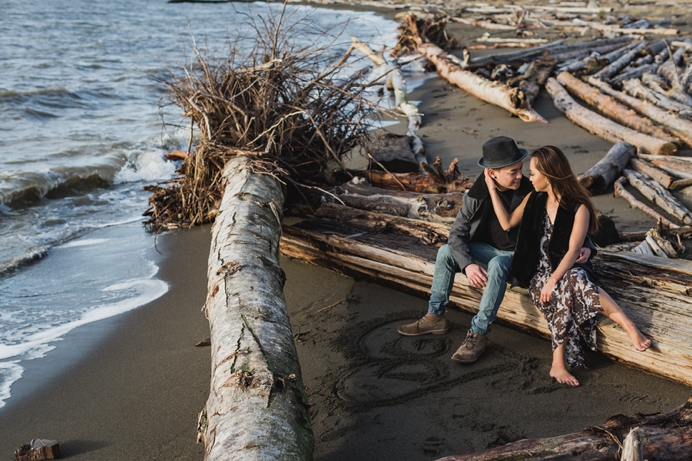 a winter beach engagement session