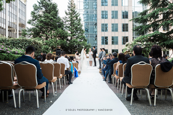 Outdoor Wedding Ceremony Four Seasons Vancouver