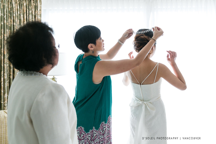 getting-ready-Four-Seasons-wedding