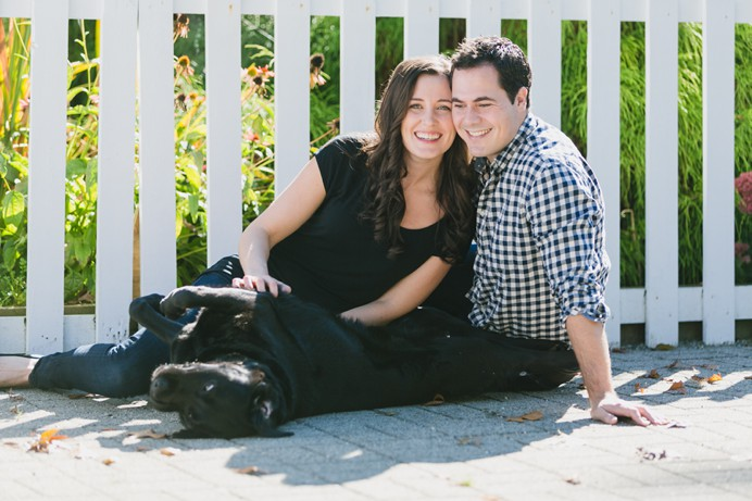 lifestyle photos for family portrait with dog
