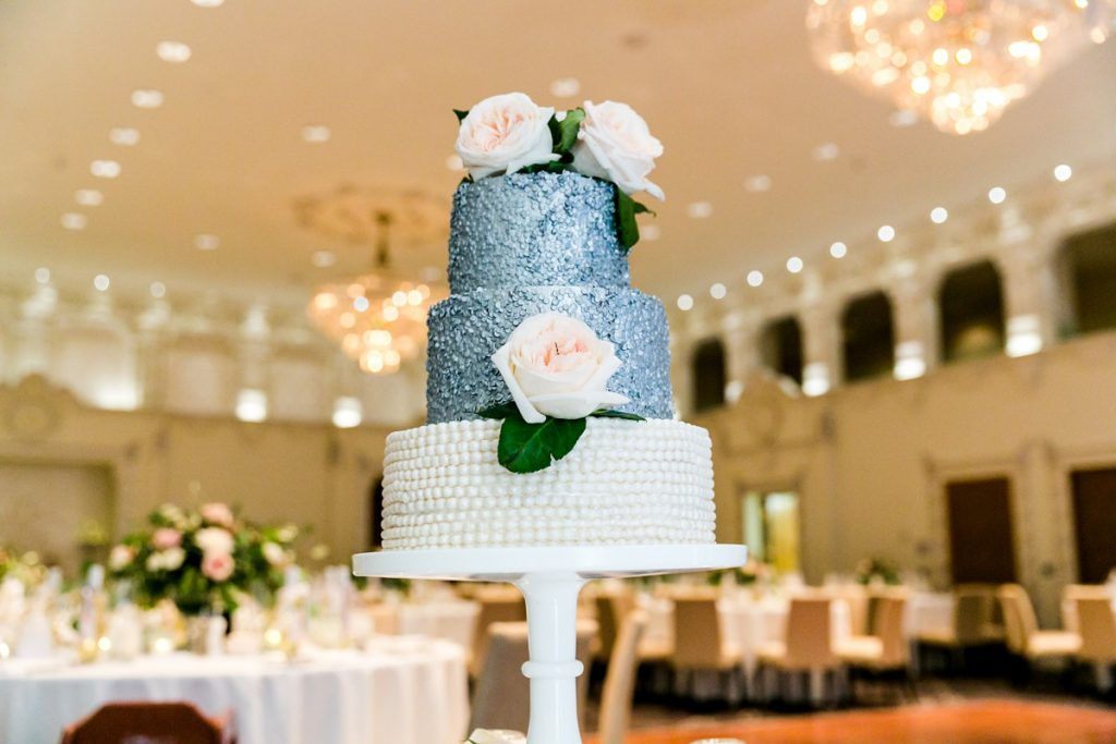 Best budget Vancouver wedding cakes